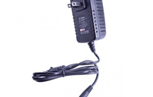 Fuente de poder de 12 Vcd regulado @ 1.25 A UL Voltaje de entrada de 96-264 Vca